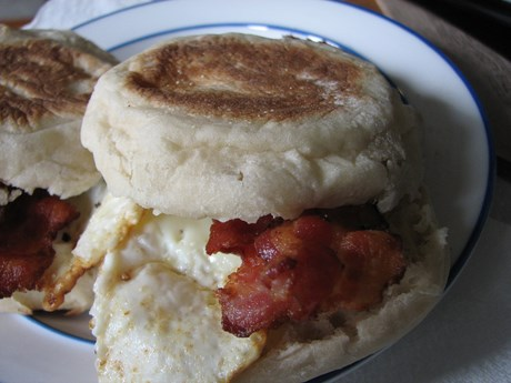 Bacon Egg O'Muffin, closed configuration